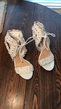Gianni Bini leather heels College Station