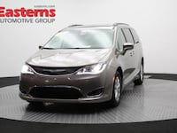 2017 Chrysler Pacifica Touring-L Hyattsville, 20784