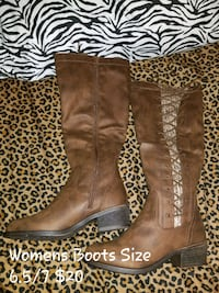Womens Boots Size 6.5 but can fit a size 7 Charles Town, 25414
