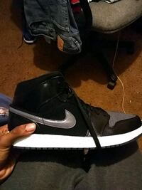 pair of black-and-white Nike basketball shoes Little Rock, 72209