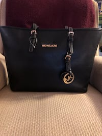 New big handbag MK  Rockville, 20852