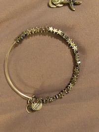 silver-colored chain bracelet Martinsburg, 25404