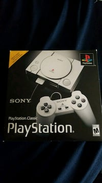 Sony PS4 console with controller box McFarland, 93250