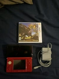 Red Nintendo 3DS good condition!