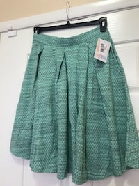 BRAND New With Tag ONLY $15 Adorable LulaRoe Madison Skirt Size Large Las Vegas, 89148