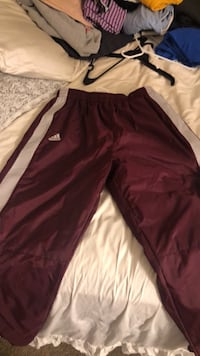 maroon and white Nike track pants Laurel, 20724