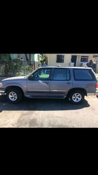 Ford - Explorer - 1997 Los Angeles