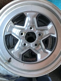 4 car Rims in good condition