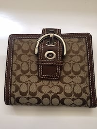 Coach signature buckle wallet