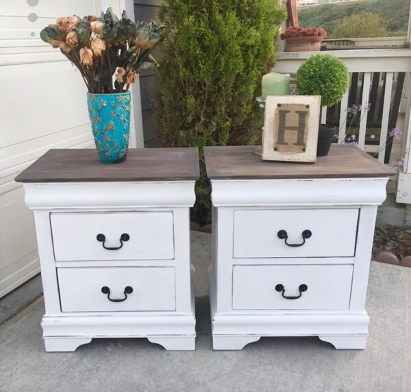 Used Gorgeous Set Of Farmhouse Nightstands End Tables Side For In Murrieta Letgo