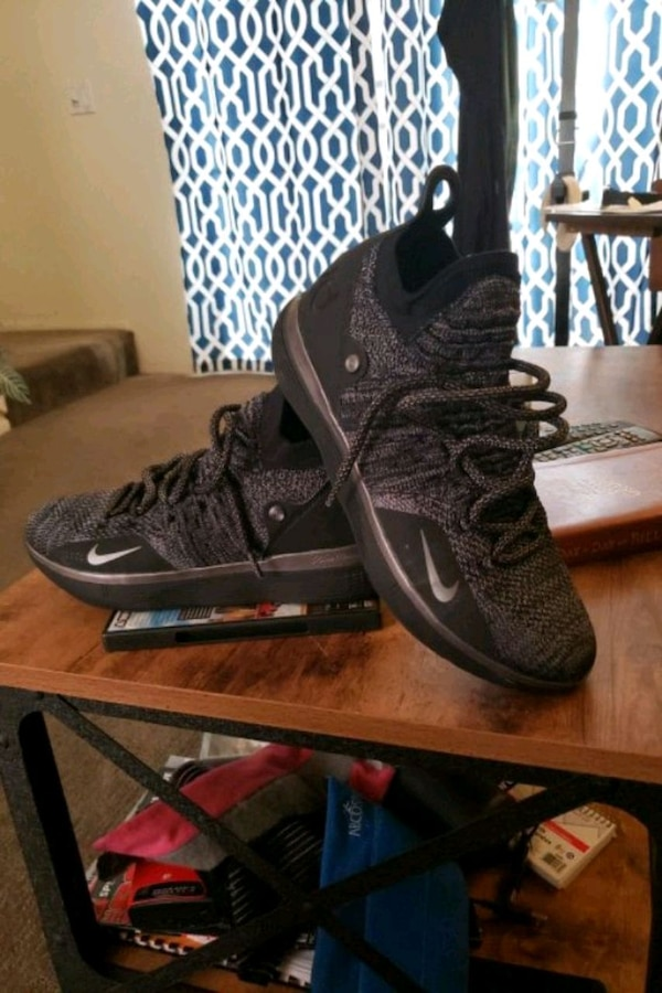 KD 11s Brand New! Size10