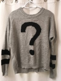 Forever 21 Sweater Langley, V2Y 1A7