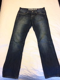 blue-washed whiskered jeans 533 km