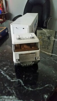 Vintage knechtel Tin transport truck Kitchener, N2B 1X3