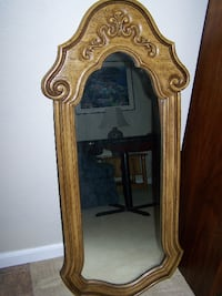 Hanging Wall Mirror Stockton