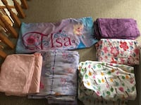 6 sets of GIRLS TWIN BED SHEETS!