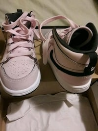 Jordan NikeTennis size 12 shoes