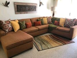 Pier1 SECTIONAL