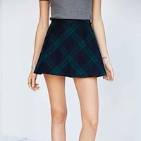 Brand new urban outfitters plaid skirt White Rock, V4B 1G9