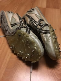 Asics GN701 Track Shoes Size 9.5