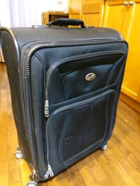 25' American tourister luggage $25
