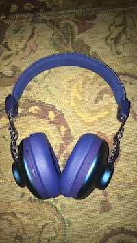 Bluetooth headphones  Peterborough, K9K 1G8