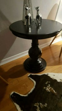 Side table end table Toronto, M6S 1A6