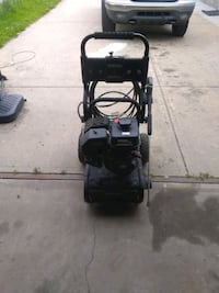 3,200 psi pressure washer 32 hrs of use Edmonton, T5A 2S5