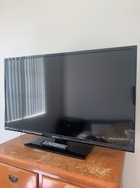 Element 40 inch HD tv