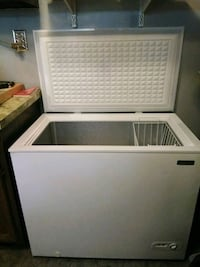Stand alone deep freezer made by Magic Chef Penns Grove, 08069
