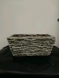 Rectangle snow covered basket