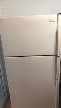 white top-mount refrigerator Commerce Township, 48382