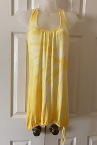 BRAND NEW with tag. Hand tie-dye yellow/cream top SiZE S