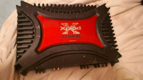 red and black Sony Xplod car amplifier