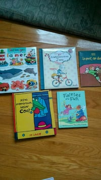 Collection of books Dorval