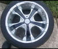 4 tires and rims 235/40 R18 Warrensville Heights