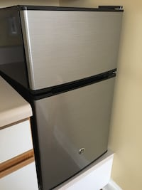 GE mini fridge and freezer  Arlington, 22203
