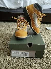 Timberland boots/Toddler Size 12 Jessup, 20794