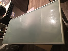 Glass dining table excellent condition + 4 chairs FREE