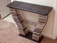 CD TV stand or table  73 mi