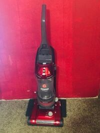 Like new Hoover vacuum with attachments Michigan City, 46360