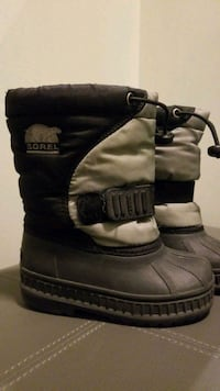 Little Boys Size 8 Sorel Winter Boots  Mississauga, L5M 0B7
