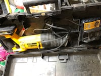20 v used sawzall 1 battery, 1 charcher and case