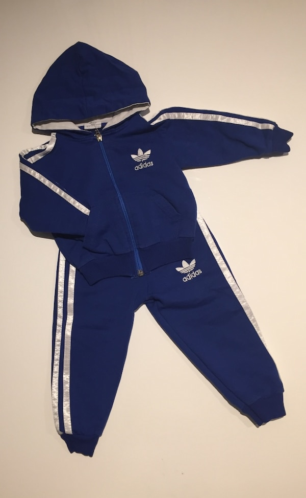 10e90152 Used Adidas joggedress baby for sale in Morvik - letgo