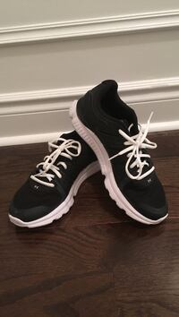 Size 9 under armour shoes worn once Halton Hills, L7G 0A6