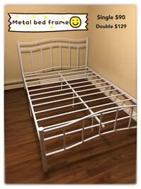 Brand new white metal platform bed frame in single and double on sale 多伦多, M1P
