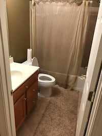ROOM For rent in basement Gainesville