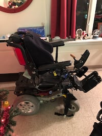 Electric wheelchair with tilt Recline