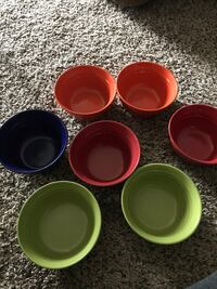7 ceramic Rachael Ray bowls like new Elk Grove Village, 60007