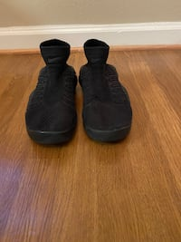 Nike all black shoes size 6.5 Indian Head, 20640